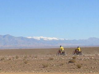 Moto au Maroc:piste du  M'goun